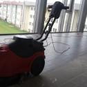Strojní mytí podlahy